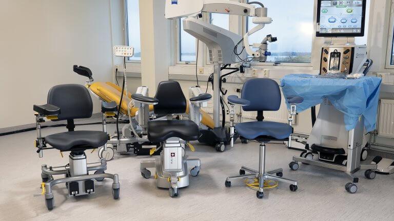 Sièges chirurgien, Accoudoirs, Microchirurgie, Chirurgie ophtalmologique, Chirurgie ORL, Neurochirurgie, Chirurgie plastique, Chirurgie dentaire
